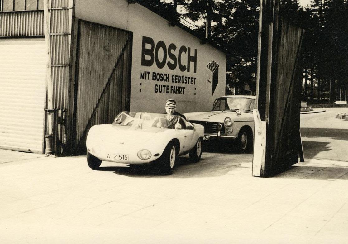 Einfahrt zum alten Nürburgring